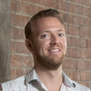 Episode 1: How To Communicate Successfully In A Startup Environment – Zach Ferres